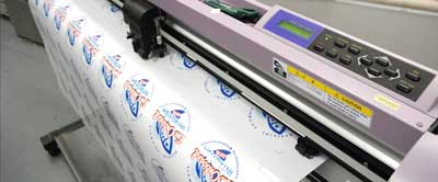 Mimaki running3 med Custom Shaped Labels & Stickers